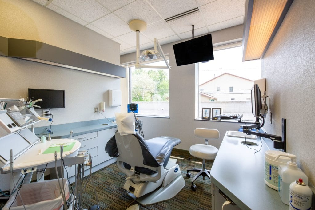 Fully equipped dentist room - Laurich Dentistry - Canton - Farmington Hills - Livonia
